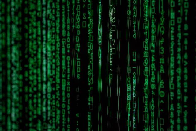 Groene tekst voor cyberbeveiliging
